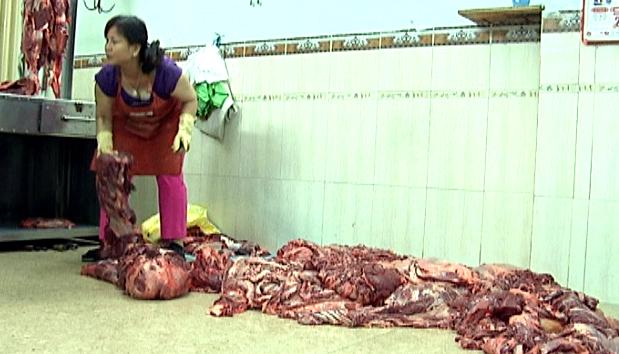 Một lò bò bơm nước ở Quảng Nam bị phát hiện - Thực phẩm An Tâm