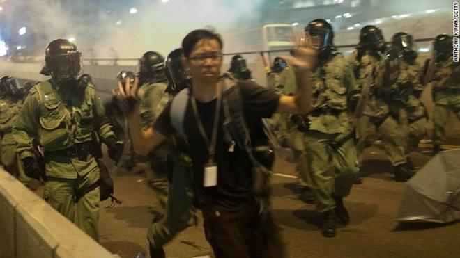 """TQ cung cúp """"dân chủ giả tạo"""" cho HK - Thực phẩm An Tâm"""